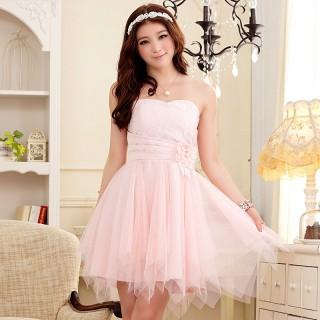 J9103粉色   2013新款浪漫蜜月花蕾显瘦不规则下摆末胸礼服连衣裙(送隐形带)